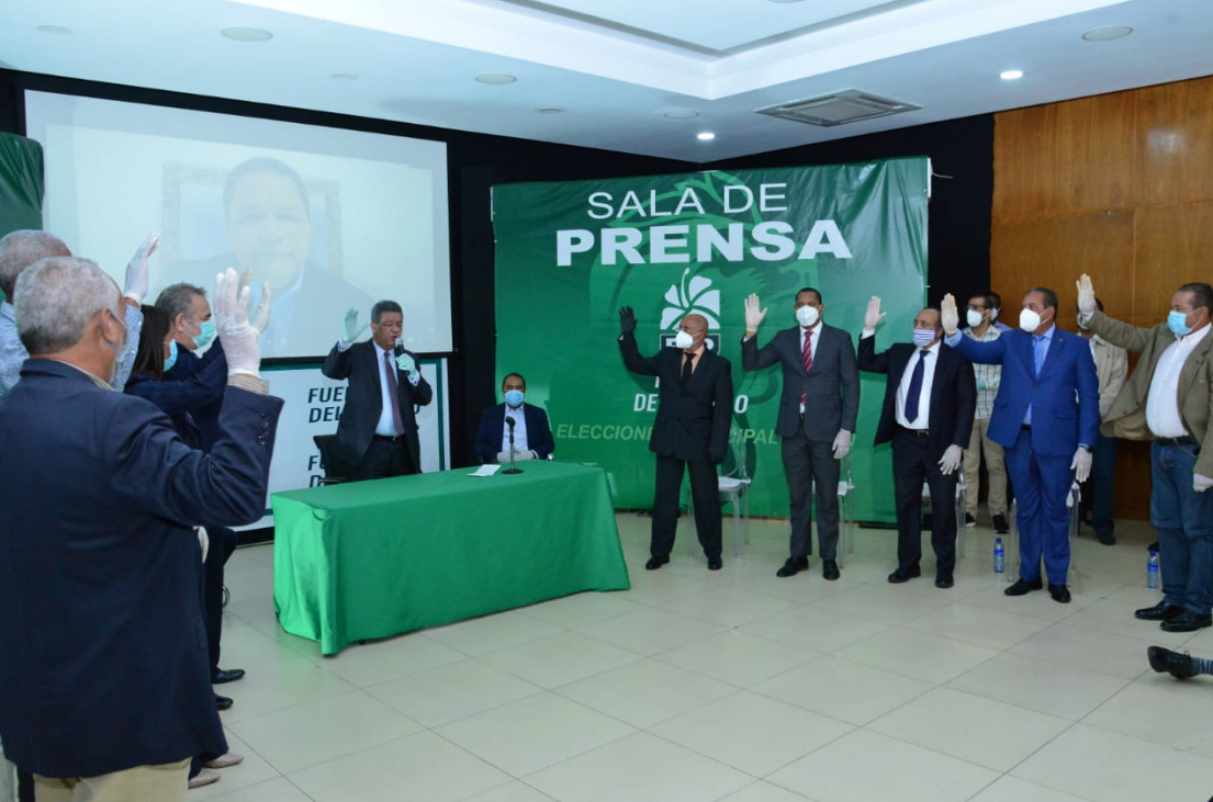 Gedeón Santos y otros expeledeístas apoyan a Leonel Fernández