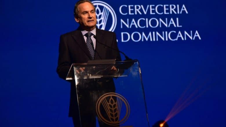 Cervecería anuncia Franklin León culmina su cargo en la presidencia