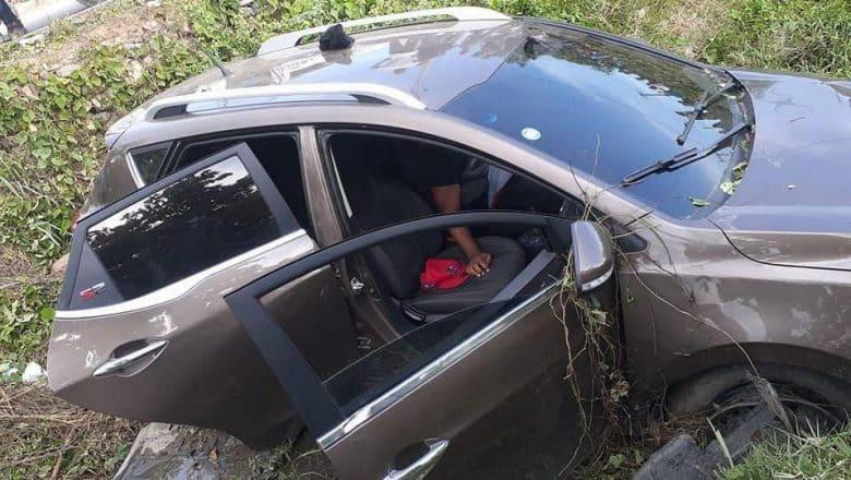 PN mata 2 de 4 presuntos delincuentes