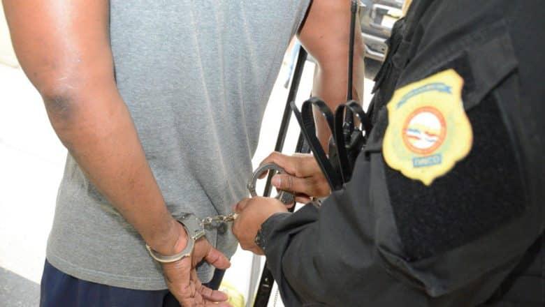 Vinculan a seis hombres a cargamento de 549 kilos de cocaína