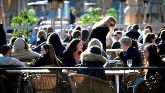 Jóvenes en NYC los que menos respetan distanciamiento por covid-19