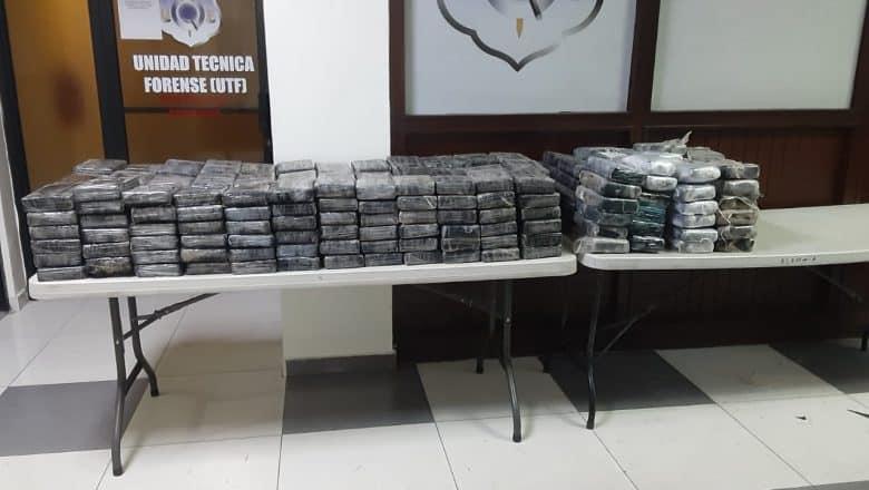 DNCD se incauta de 298 paquetes de drogas en Peravia