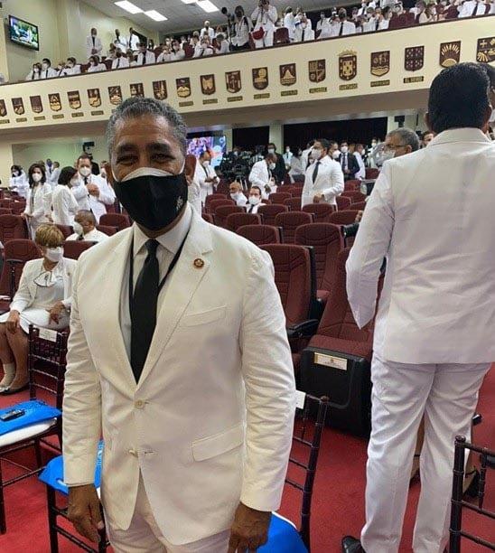 Espaillat agradece reconocimiento del presidente Abinader;