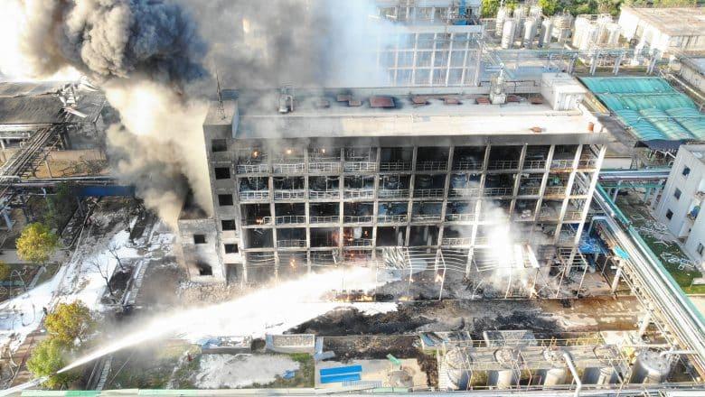 Asciende a seis número de muertos por explosión de fábrica en centro de China