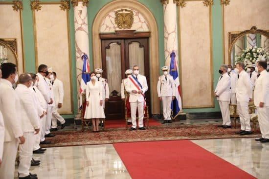 Abinader designa gabinete presidencial mediante decreto 324-20