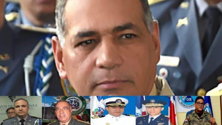 Medina coloca en retiro a ministro de Defensa y otros altos mandos militares