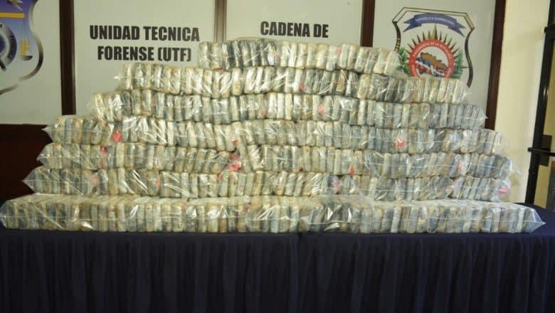 Decomisan 350 paquetes de cocaína en La Romana