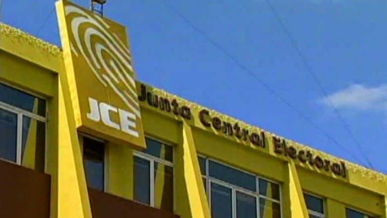 Comisión Senado definirá perfiles aspirantes a miembros JCE