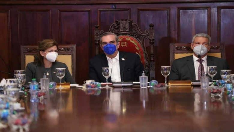 Abinader encabezó Consejo de Ministros