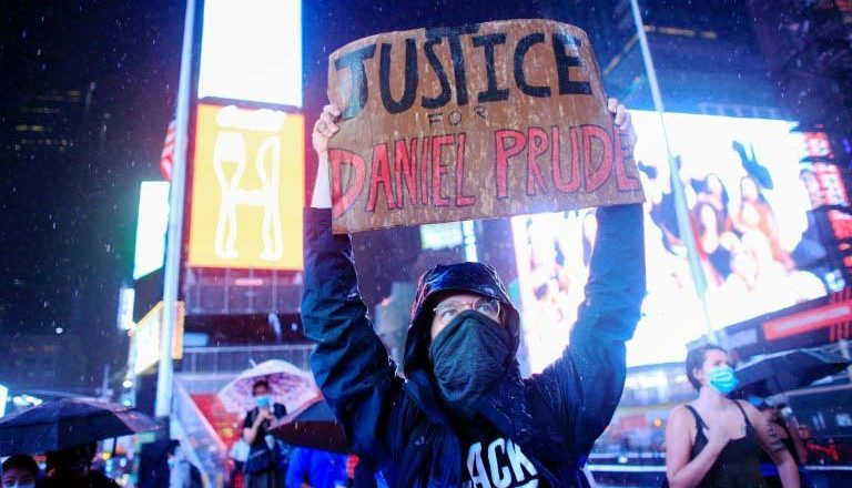 Daños en negocios en Manhattan tras protestas por muerte afroamericano, superan los 100 mil dólares