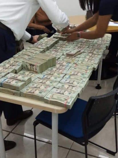 dolares incautados
