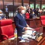Héctor Acosta solicita al Senado honrar peloteros con su Día
