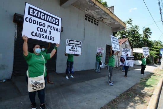mujeres protesta santiago