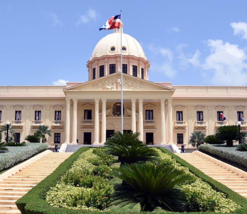 Palacio Nacional decreto 504-20
