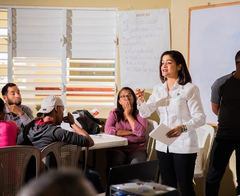 BHD León respalda a Mujeres que Cambian el Mundo