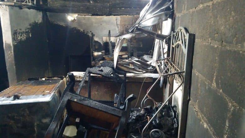 Siete viviendas destruidas por incendio en Santiago