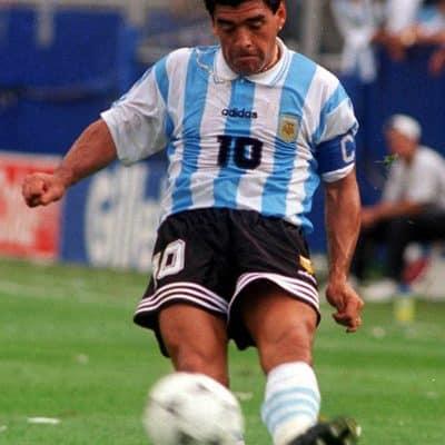 La muerte de Maradona, el día que llora la pelota