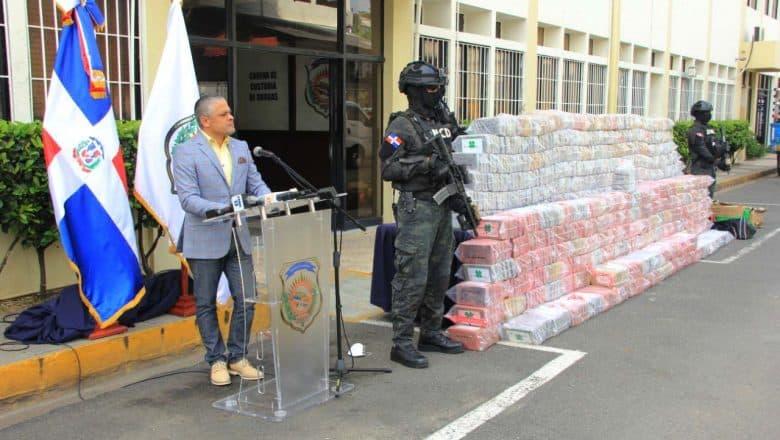 DNCD ocupa 1,747 paquetes cocaína en el puerto Haina