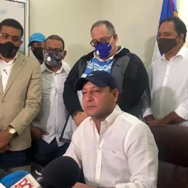 """Abel Martínez califica como """"atropello"""" allanamiento"""