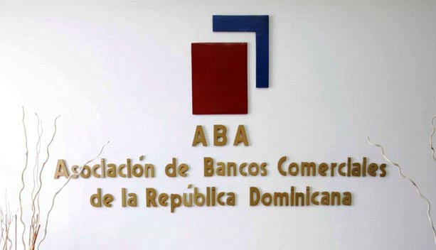 Bancos comerciales extienden horario