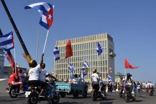 CUBANOS-HABANA-EEUU-CARAVANA