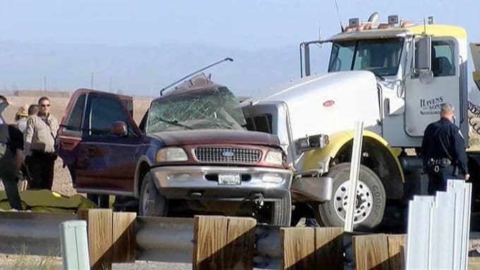 15 muertos accidente en el sur de California