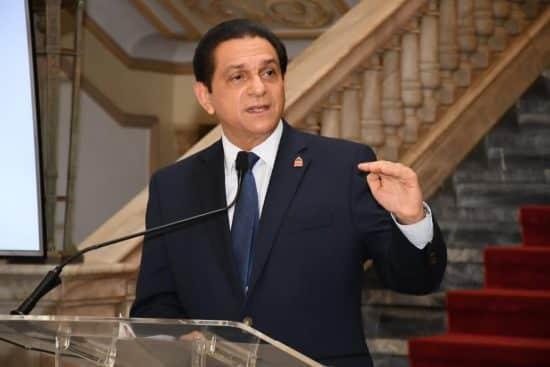 doctor daniel rivera ministro de salud pública