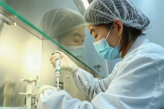 CHINA-BEIJING-SINOVAC-COVID-19-VACUNAS-APROBACION CONDICIONAL DE MERCADO