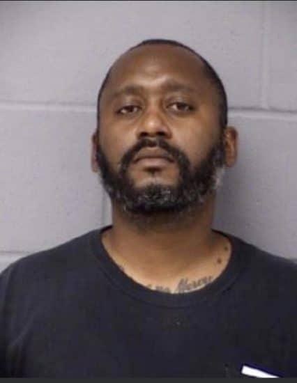 Buscan hombre mató 3 personas en Austin, Texas
