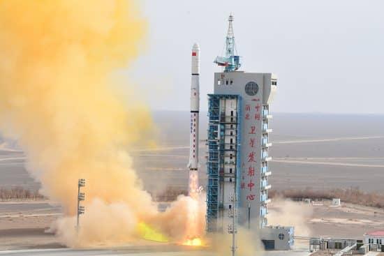 satélites comerciales