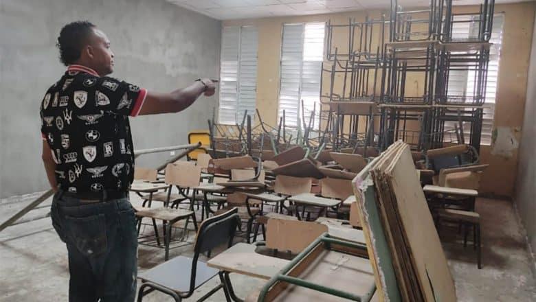 Reclaman terminen trabajo reparación escuela