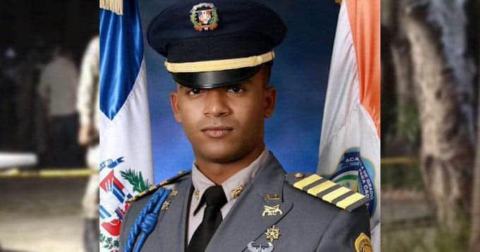 primer teniente Jean Carlos Ramírez Carvajal