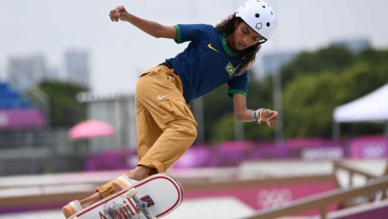 Brasileña Rayssa Leal gana plata en «skateboarding»