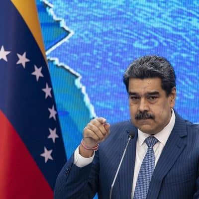 Maduro apuesta por normalizar relaciones con Colombia en paz