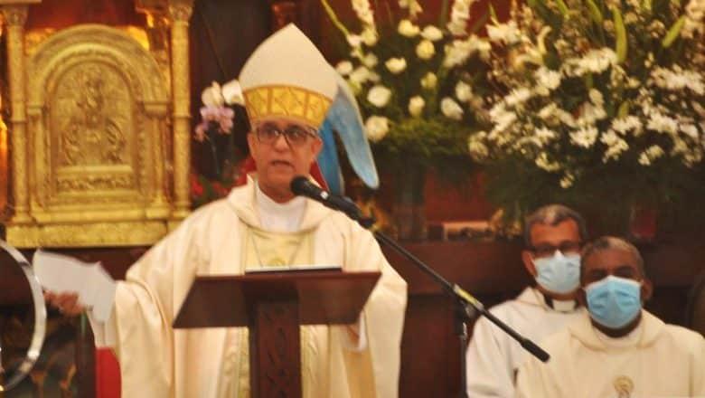 Obispo La Vega respalda lucha corrupción y narco-lavado