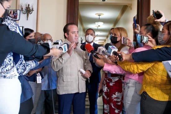 paliza con periodistas