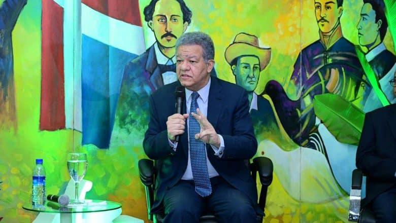 Leonel Fernández dice no apoyará reforma fiscal
