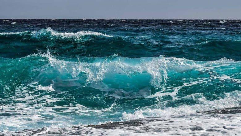 4 muertos y 21 desaparecidos tras naufragio costas Cádiz